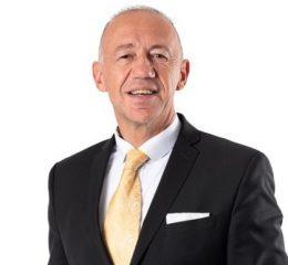 Vorsitzender<br>Dr. Uwe Pfeiffle